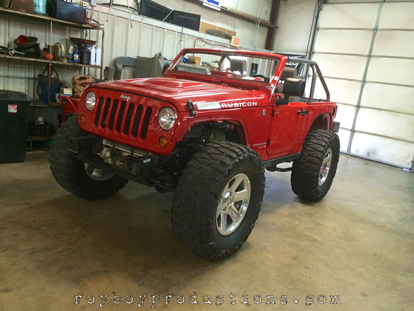 This Hemi powered Jeep Rubicon is being transformed to mimic a show vehicle from SEMA a couple of years ago. It is mean and going to get meaner.